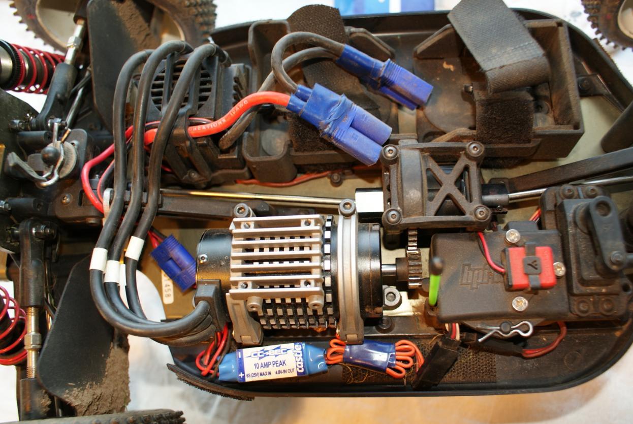 Wires03.JPG